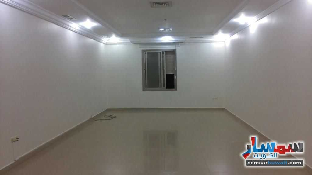 Ad Photo: Apartment 3 bedrooms 4 baths 110 sqm super lux in Rawdah  Al Kuwayt