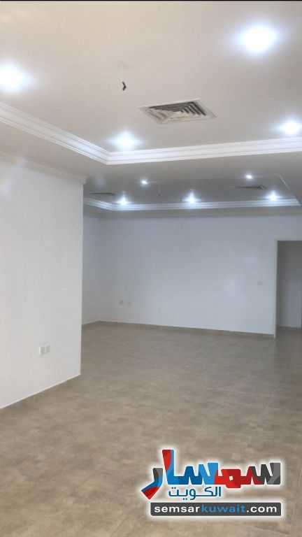Ad Photo: Apartment 3 bedrooms 3 baths 120 sqm super lux in Fintas  Al Ahmadi