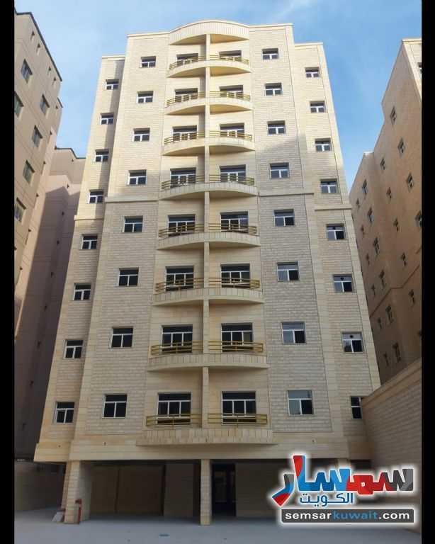Ad Photo: Commercial 60 sqm in Al Ahmadi