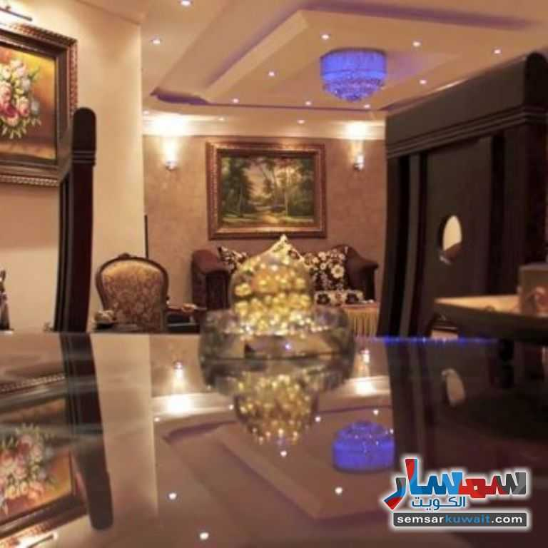 Ad Photo: Apartment 5 bedrooms 3 baths 160 sqm super lux in Khaldiya  Al Kuwayt