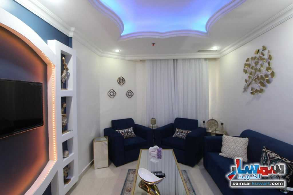 Ad Photo: Room 75 sqm in Salmiya  Hawalli