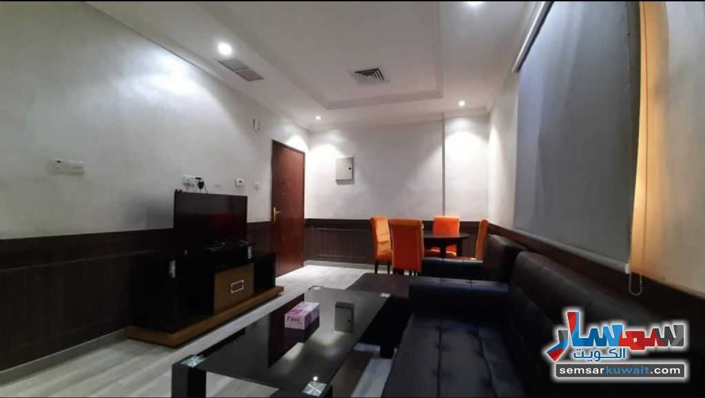 Ad Photo: Apartment 2 bedrooms 2 baths 75 sqm super lux in Salmiya  Hawalli