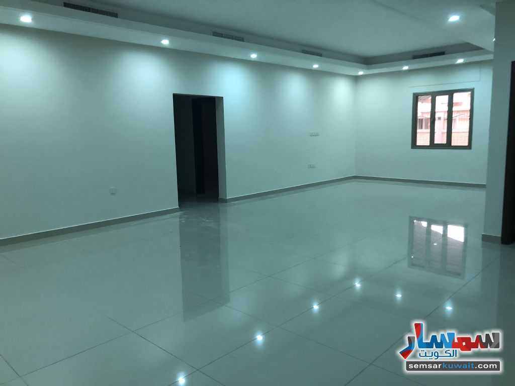 Ad Photo: Apartment 3 bedrooms 3 baths 400 sqm super lux in Daiya  Al Kuwayt