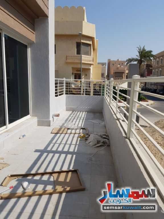 Ad Photo: Apartment 6 bedrooms 7 baths 500 sqm extra super lux in Salam  Hawalli