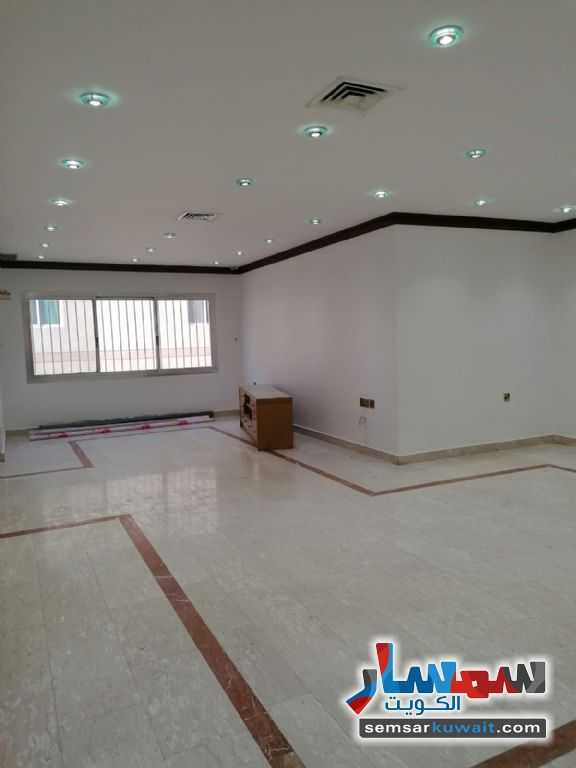 Ad Photo: Apartment 4 bedrooms 5 baths 111111 sqm super lux in Salwa  Hawalli