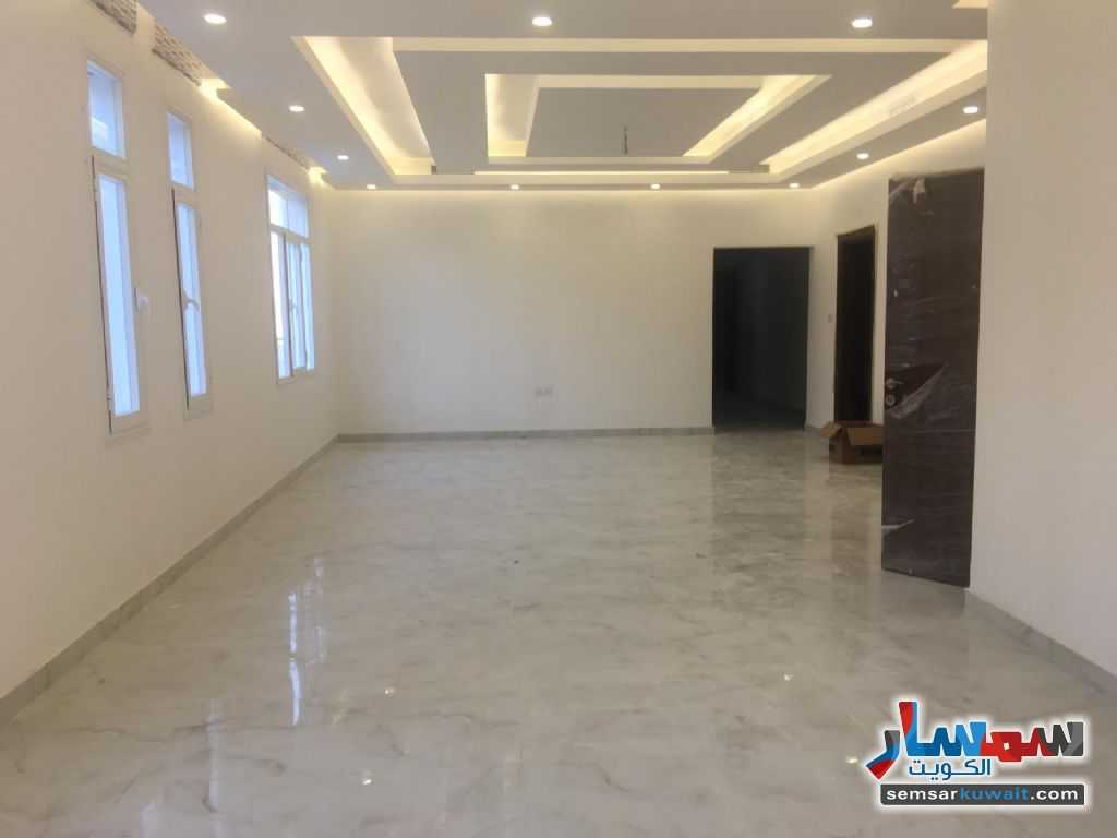 Ad Photo: Apartment 4 bedrooms 5 baths 400 sqm extra super lux in Zahra  Hawalli