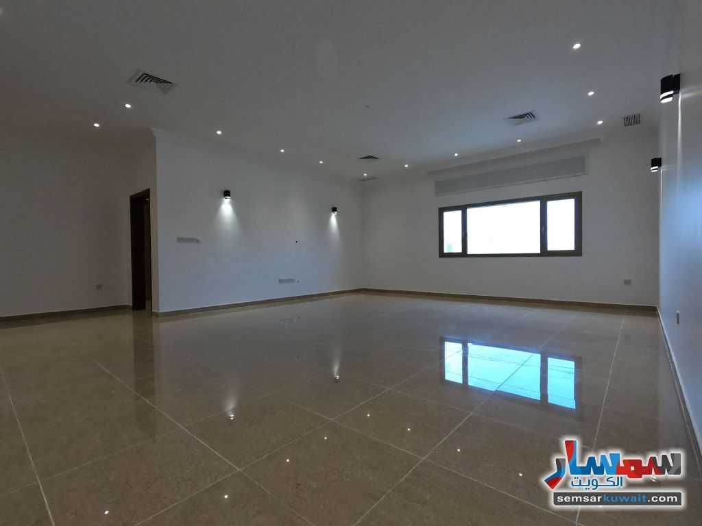 Ad Photo: Apartment 3 bedrooms 4 baths 375 sqm super lux in Surra  Al Kuwayt