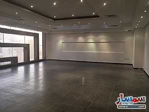 Ad Photo: Apartment 3 bedrooms 3 baths 400 sqm super lux in Yarmouk  Al Kuwayt