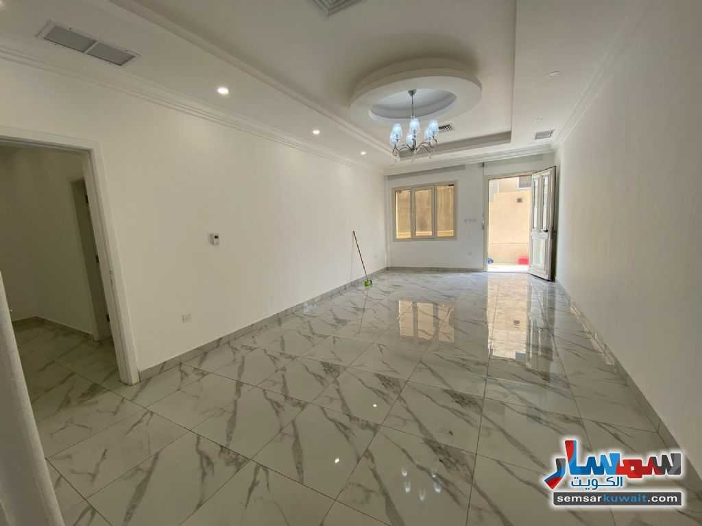 Ad Photo: Apartment 4 bedrooms 4 baths 400 sqm extra super lux in Salam  Hawalli