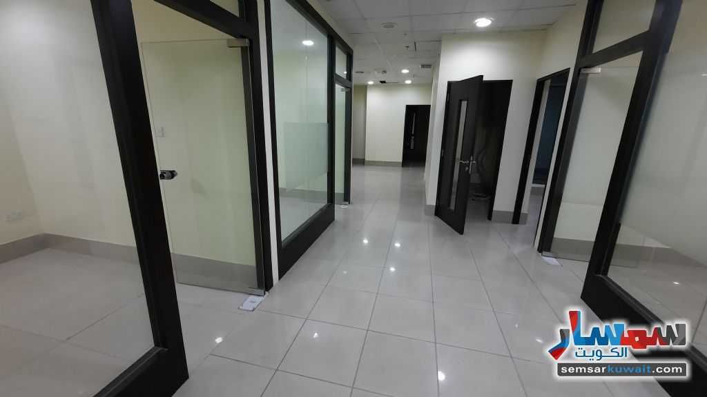 Ad Photo: Commercial 211 sqm in Al Kuwayt