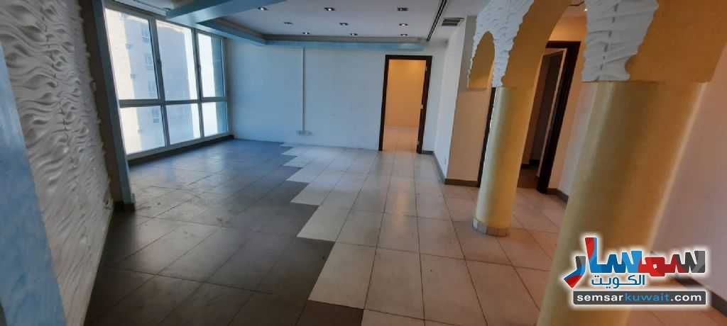 Ad Photo: Commercial 180 sqm in Salmiya  Hawalli