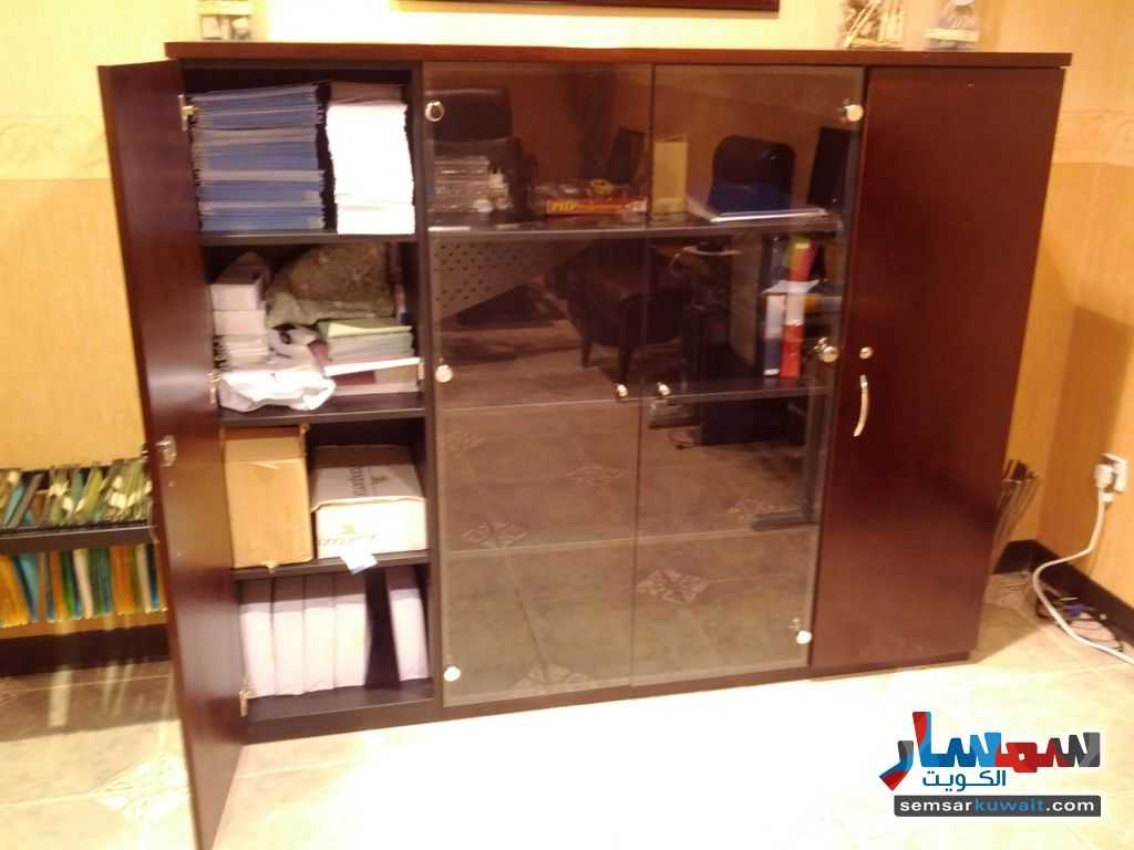 Photo 10 - Commercial 21 sqm For Sale Sharq Al Kuwayt