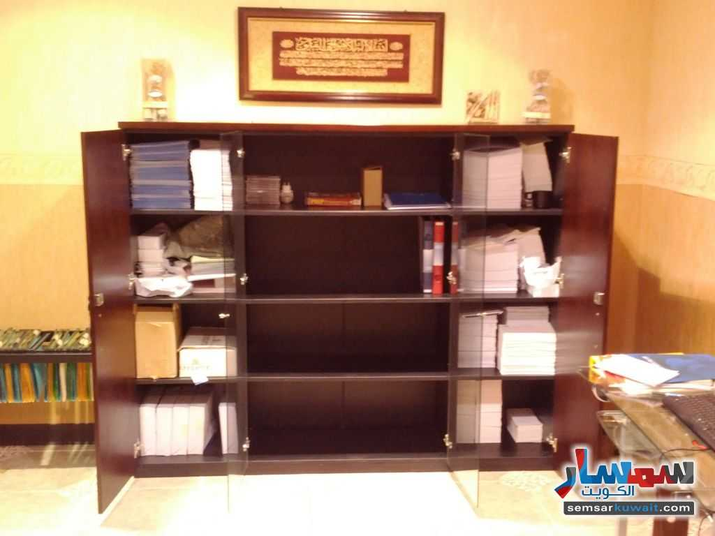 Photo 12 - Commercial 21 sqm For Sale Sharq Al Kuwayt