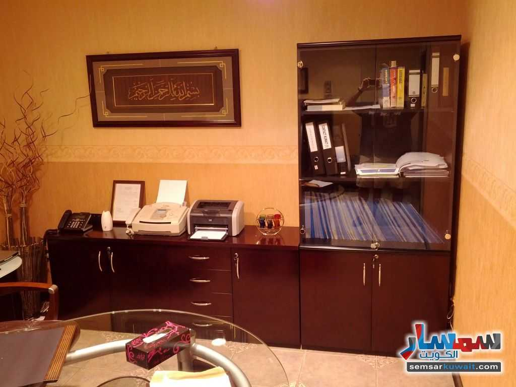 Photo 4 - Commercial 21 sqm For Sale Sharq Al Kuwayt