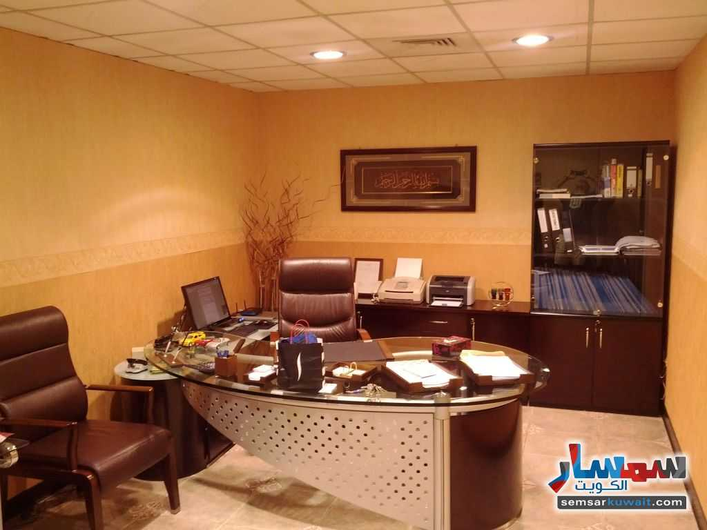 Photo 5 - Commercial 21 sqm For Sale Sharq Al Kuwayt