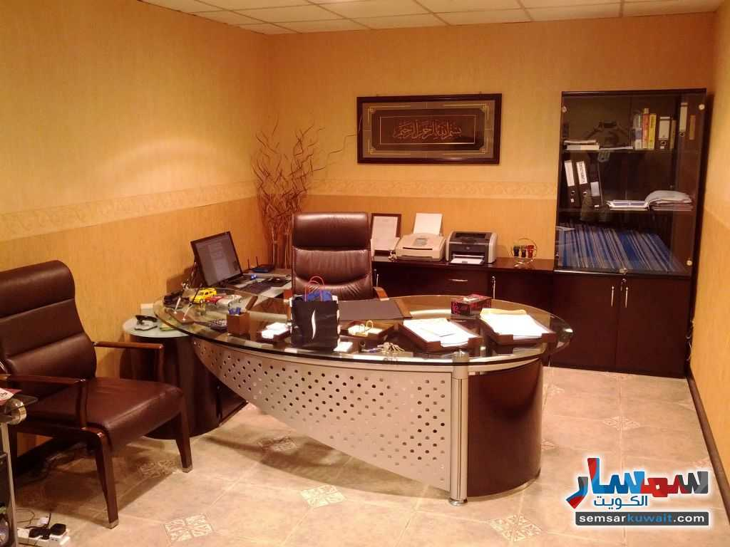 Photo 6 - Commercial 21 sqm For Sale Sharq Al Kuwayt