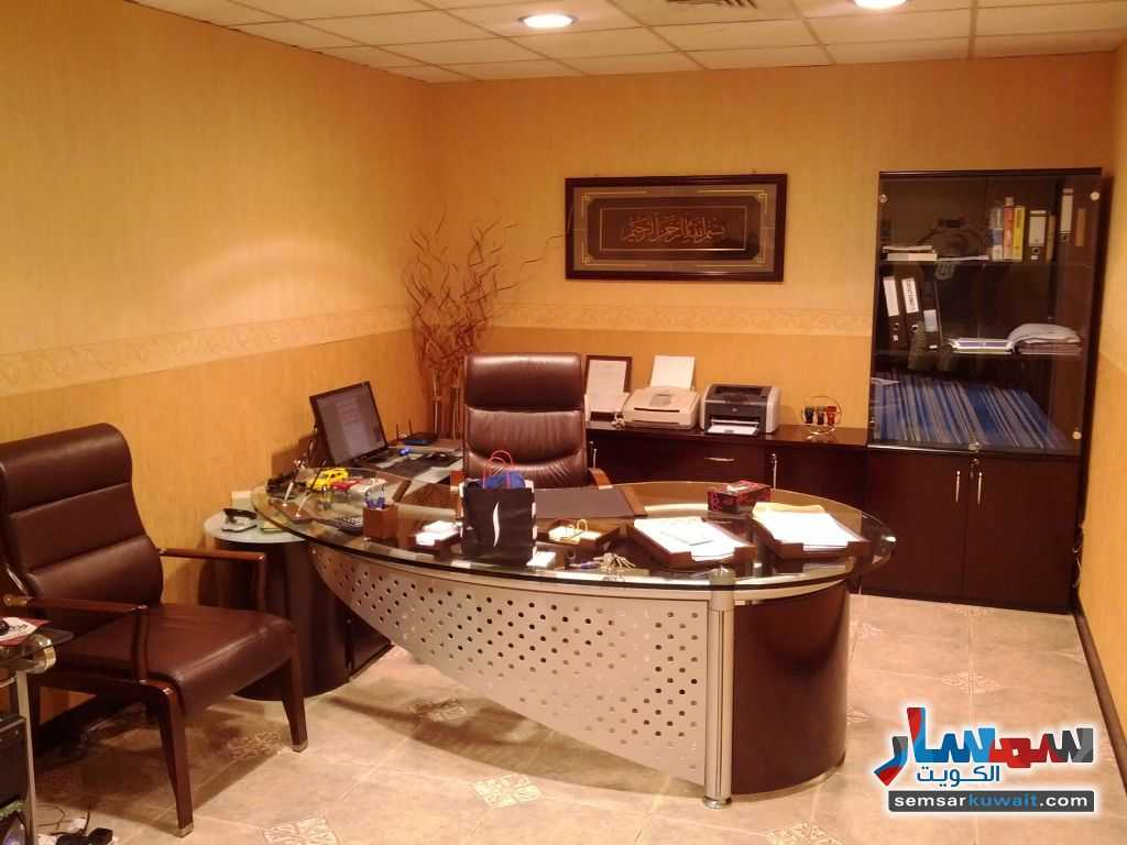 Photo 7 - Commercial 21 sqm For Sale Sharq Al Kuwayt
